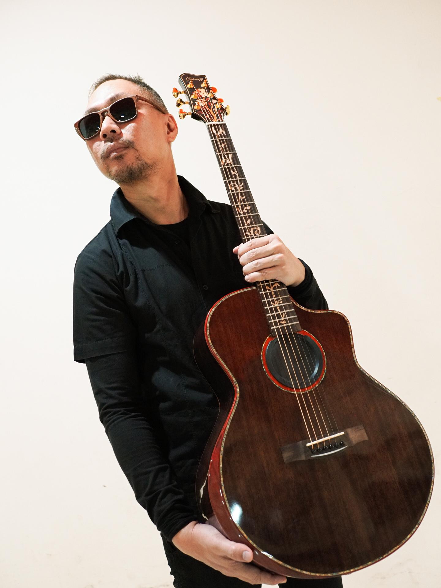 EDWIN MARSHAL RILIS SINGLE SOLO KEDUA