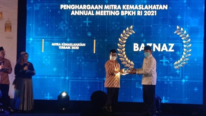 BAZNAS Terima Penghargaan Mitra Kemaslahatan Terbaik 2020 dari BPKH