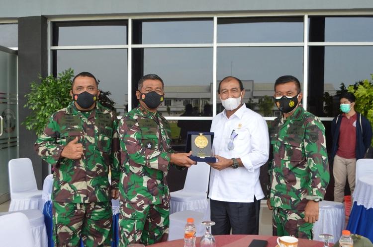 Program Ketahanan Pangan Wakil Ketua DPD RI Kunjungi Pasmar 1
