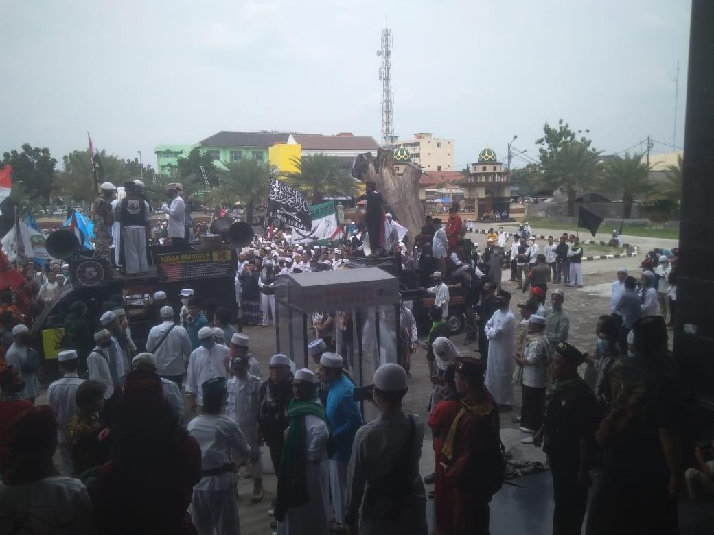 Ormas Islam dan Jawara Se Bekasi Tolak RUU HIP