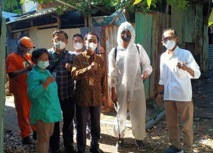 Aksi Sehat Mixagrip,  Penyemprotan Disinfektan Untuk Lingkungan Warga.