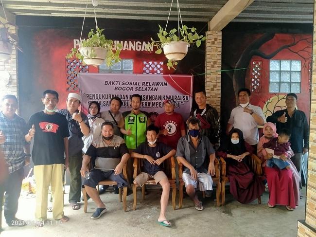 Pospera Gandeng YKPI Berikan Bantuan 10 Kaki Palsu Kepada Penyandang Disabilitas di Cigombong