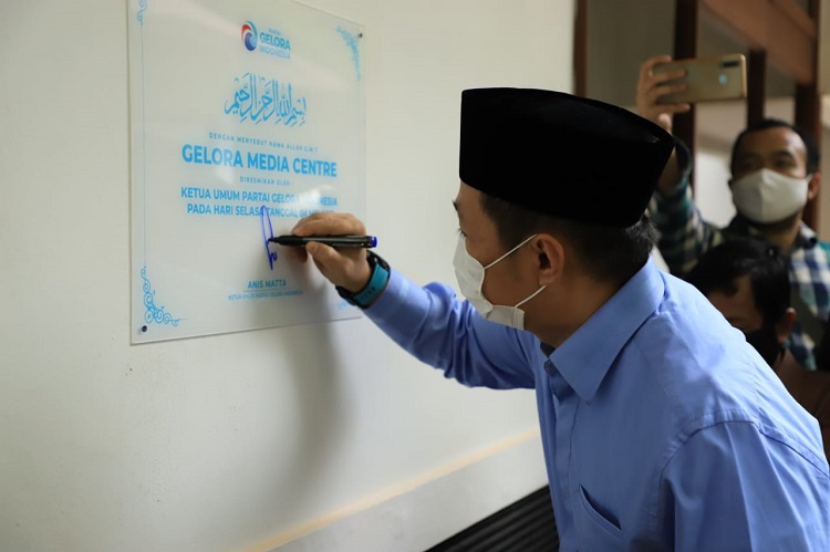 Perkuat Infrastruktur Digitalisasi Partai, Anis Matta Resmikan Gelora Media Centre