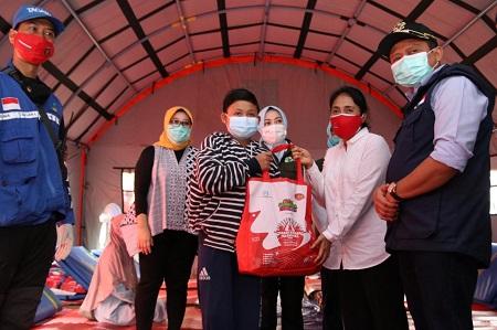Menteri PPPA Kunjungi Langsung Posko Bencana Longsor di Sumedang