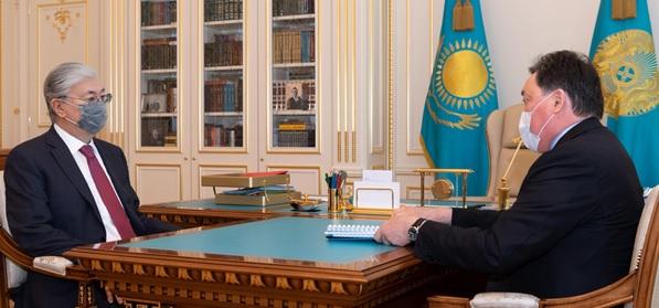 Kazakhstan mengirimkan bantuan kemanusiaan ke India di tengah gelombang COVID-19