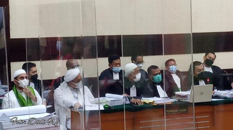 Kasus Karantina Kesehatan HRS Dua Ahli  Hadir ke PN Jaktim