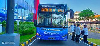 TransJakarta Ujicoba Mobil Listrik Merk Higer